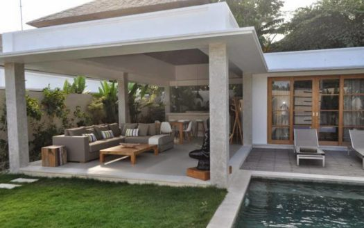 Living area from garden view daytime - Villa Siki
