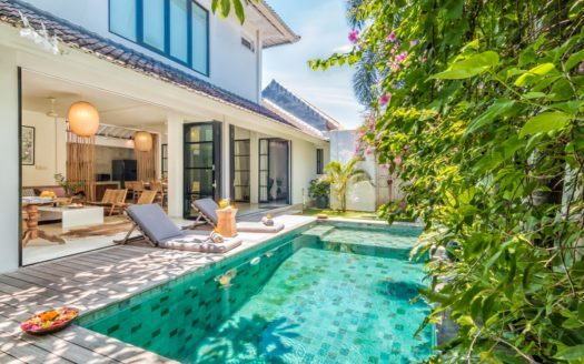 sun bed by the pool - villa pippa in bali